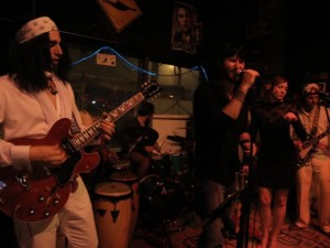 Halloween Edition: The White Doves play The Black Crowes