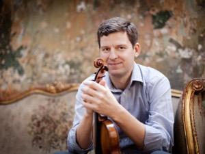 James Ehnes (Photo: Benjamin Ealovega)